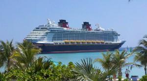 cruise-ship-615116_640